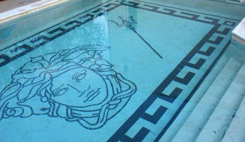 Mosa ques alessi cerame for Carrelage mosaique piscine